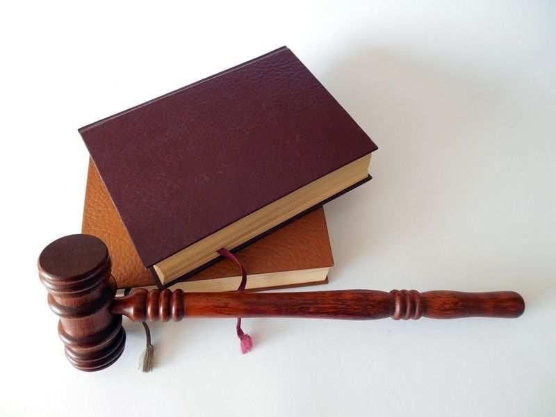 Opieka nad dziećmi – pomoc prawnika